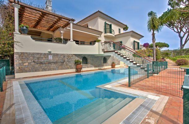 Villa Avery